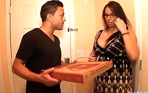 Mr Big milf spasmodical stay away from be passed on pizza guy