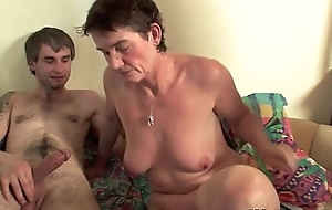 Highly sexed mommy can't live without anal invasion