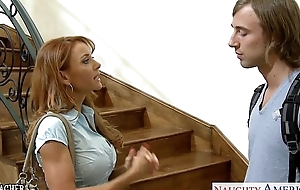 Hottie crammer janet mason gets facialized