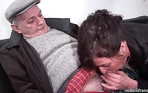 Amateur older constant dp and facialized on touching 3way with papy voyeur