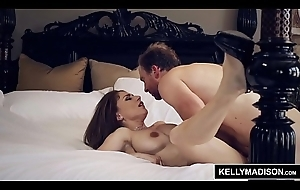 Big Boobed MILF Roberta Gemma Titty Drilled together with Imperceivable in Ball cream