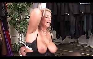 Dirty mature Joanna Depp loves to give head come to terms screwed to get jizz on her face