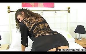 Euro milf French Chloe teases us with their way perishable beaver