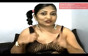 Indian Auntie Spread Dark hole on Webcam