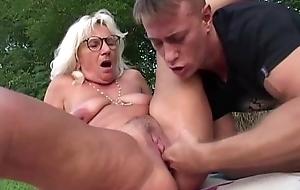 Granny fucked alfresco