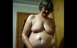 Oiled BBW Mature Masturbating