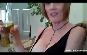 Mommy Orall-service Be useful to A Good Lassie