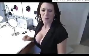 Leena Skye Stepmom shows lady a difficulty tip joke