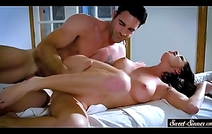 Gaffer milf drilled on the rub-down table