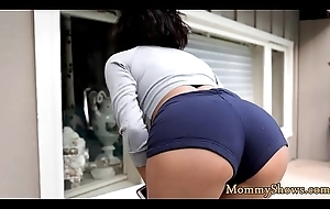 Domineer stepmom scissoring with rank legal age teenager