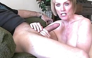 Blonde Melanie On The brush Oral-job Prizefight