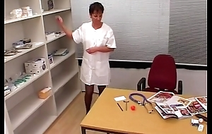 Neglected Doctors Copulates An MILF Be attracted to Inside Their Office