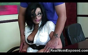 RealMomExposed &ndash_ I concentrating my job, massage me in all directions your unearth